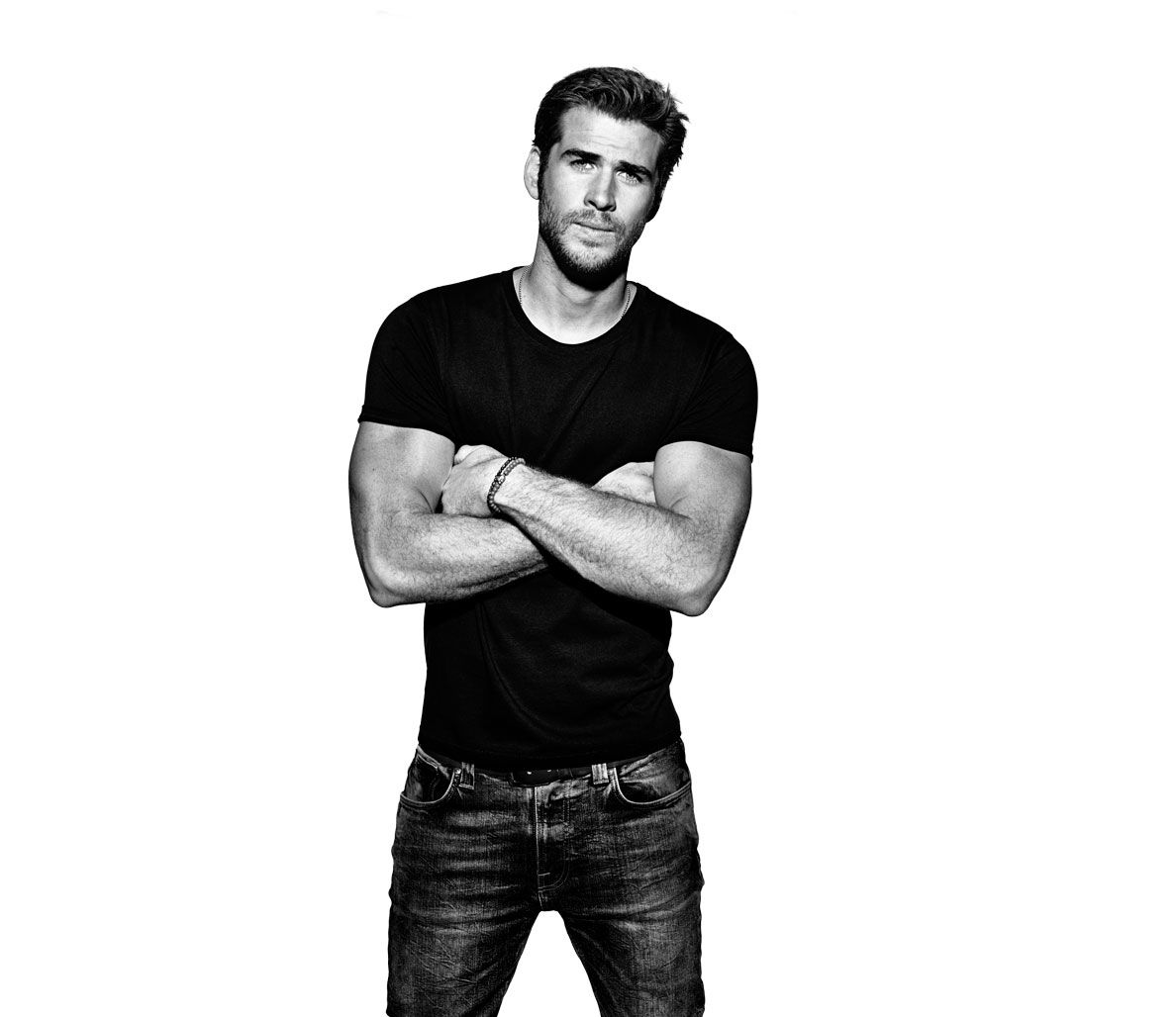 Liam Hemsworth: The actor, surfer, environmentalist, and hardcore  pullup-and-