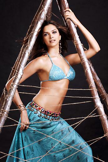Deepika Padukone sexy in bikini
