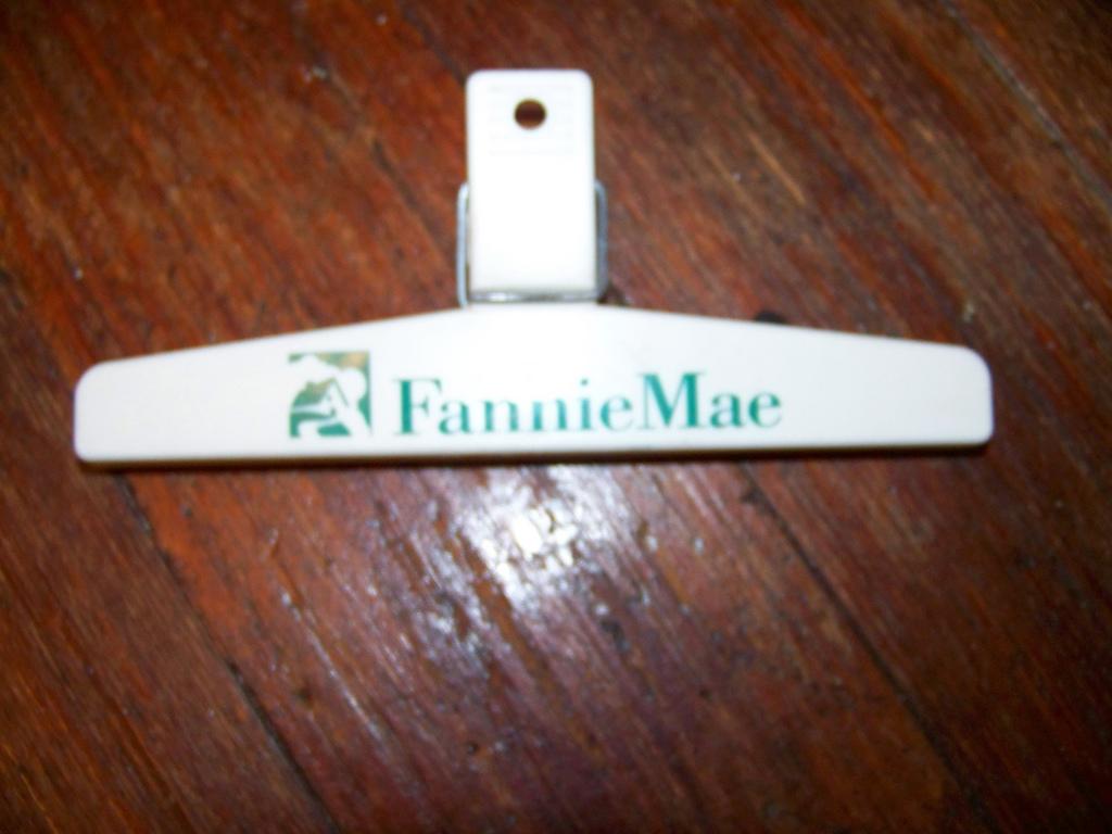 ... FANNIE MAE POTATO CHIP BAG CLIP | By-... FANNIE MAE POTATO CHIP BAG CLIP | by spike55151-6