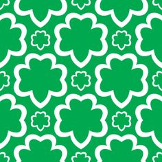 girl scouts large and small open trefoil green background design