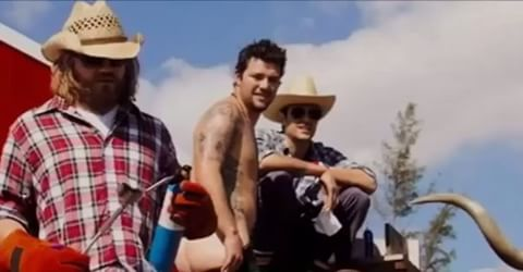 Images by jackass.clips