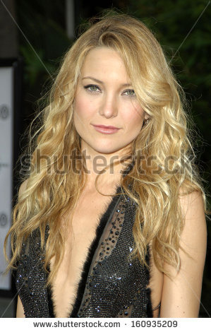 Kate Hudson At THE SKELETON KEY Premiere-Kate Hudson at THE SKELETON KEY Premiere, Universal Studios Cinema at  Universal CityWalk, Los-10