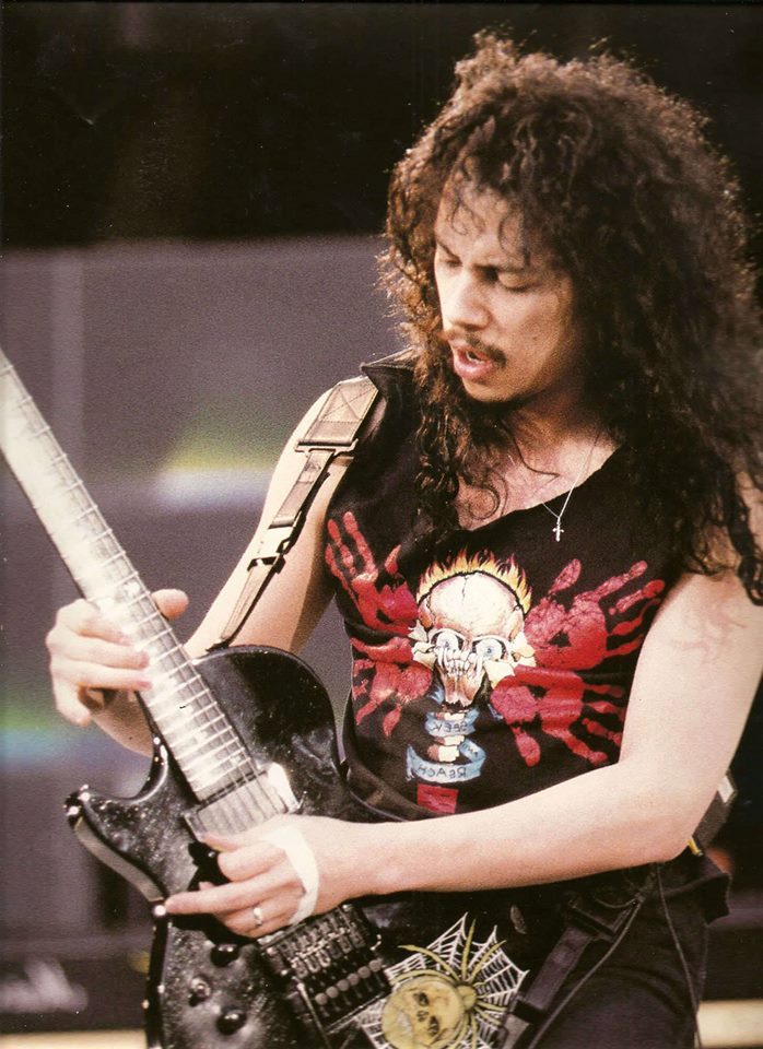 Kirk Hammett [ Noviembre de 18, 1962 ) Gran guitarrista y compositor de  Metallica!