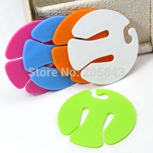 Sock Clip Amp Look At Clip Art Images Clipartlook