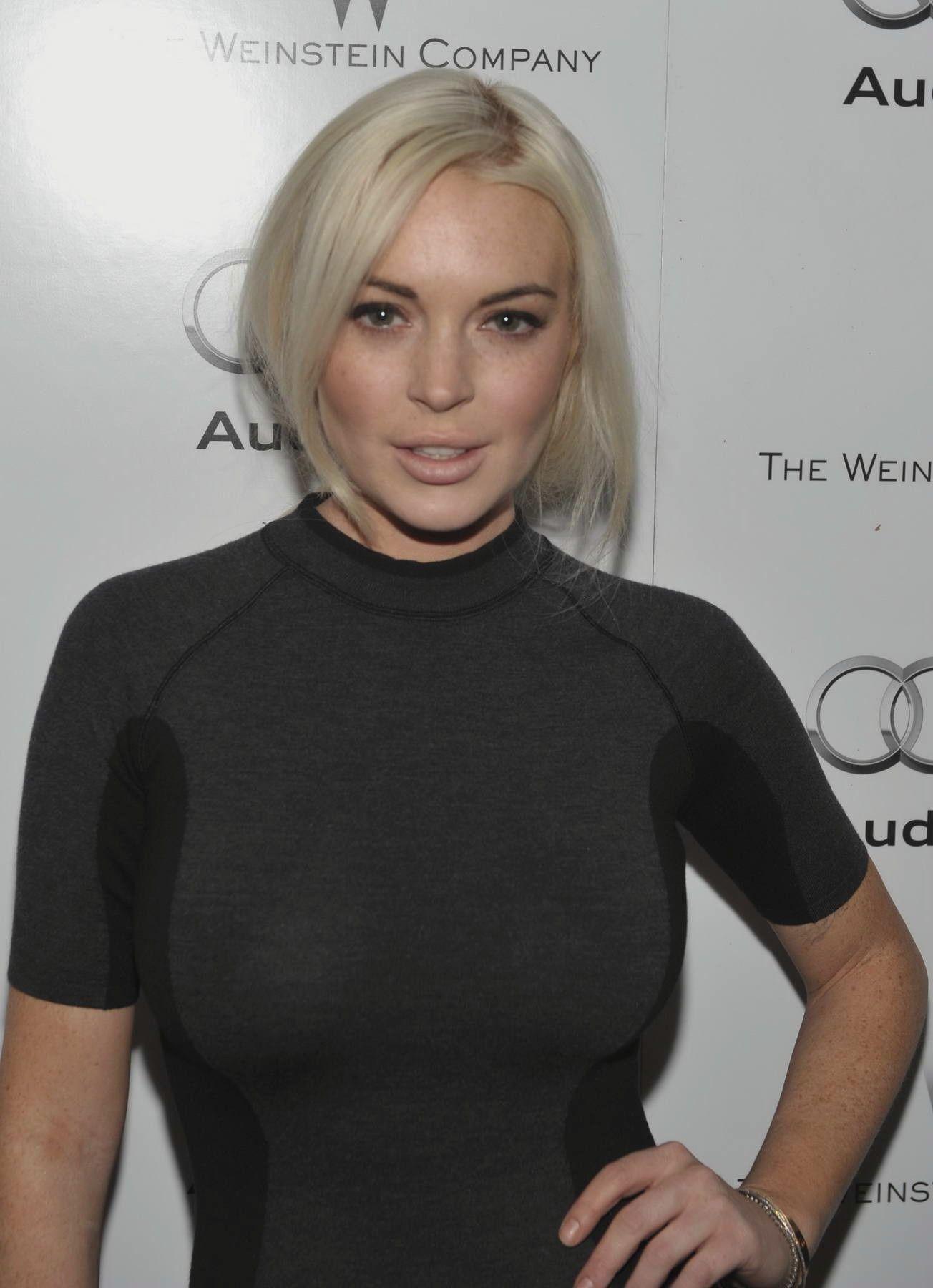 STARS WALLPAPER Lindsay Lohan Wallpapers Free Download