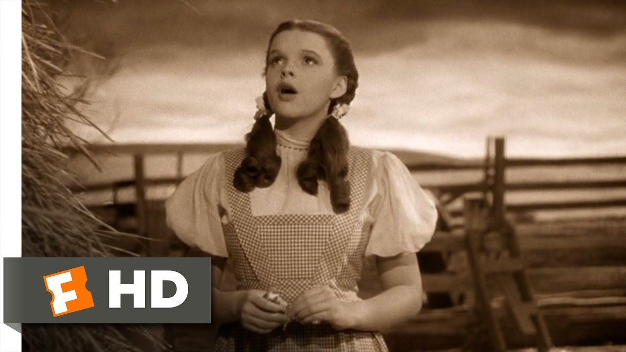 Somewhere Over The Rainbow - The Wizard -Somewhere Over the Rainbow - The Wizard of Oz (1/8) Movie CLIP (1939) HD - YouTube-9