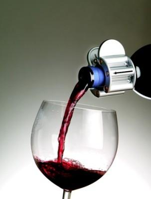 The Wine Clip Magnetic Wine Conditioner