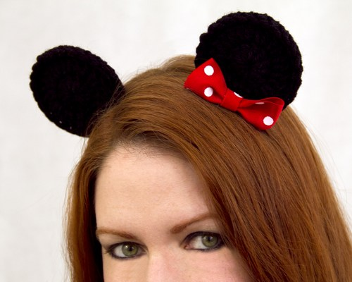 These adorable clips feature cute design with one bow that will stand out in a crowd. We specialize in one of a kind character hats/accessories for children ...